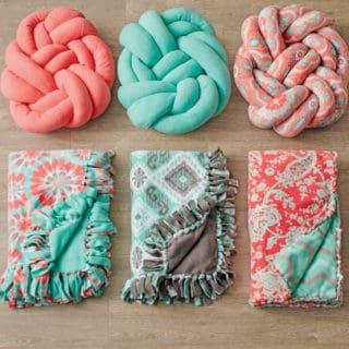 The Hottest Modern Trend: DIY Knot Pillows